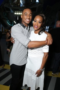 "EXCLUSIVE - Jessie Usher and Vivica A. Fox seen at the ""Independence Day Resurgence"" Global Production Event on Monday, June 22, 2015, in Albuquerque, New Mexico. (Photo by Eric Charbonneau/Invision for Twentieth Century Fox/AP Images)"